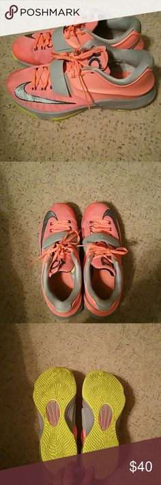Kevin Durat Nikes This is a super cute Nike Kd shoes, I had bought them and just a little to big for me. They are a size 9 in mens. Think I wore them once is all. Bottom in excellent shape as well as the rest of the shoe.  They are a peachy orange color. Nike Shoes Sneakers