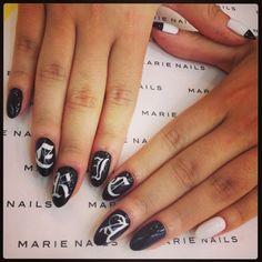Old English nail art #nails #nailart #marienails