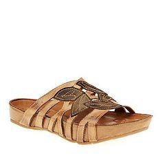 """Kalso Earth """"Enthuse"""" Slide Sandals in Light Camel."""