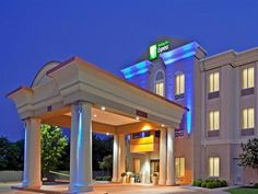 Dallas (TX) Holiday Inn Express Hotel & Suites Duncanville United States, North America Ideally located in the prime touristic area of Dallas Executive Airport, Holiday Inn Express Hotel & Suites Duncanville promises a relaxing and wonderful visit. The hotel offers a high standard of service and amenities to suit the individual needs of all travelers. Free Wi-Fi in all rooms, 24-hour front desk, facilities for disabled guests, meeting facilities, business center are just some ...
