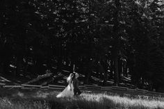 With so many beautiful views, there's no wonder why Central Oregon has become a favorite #destinationwedding location. After the ceremony, Jacob and Cameron used Sunriver as their backdrop for their post ceremony wedding pics.    Photographer: @fsphotopdx Cameron's Dress: @bhldn