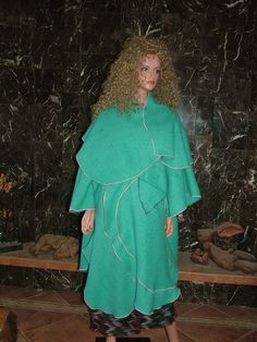 scottish wool coat with optional hood/collar by exitstm on Etsy, $99.00