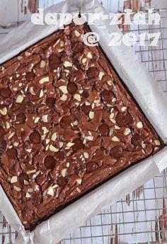 dapur-ziah by mama'e Zie: Brownies Kilap ala Dapur-Ziah Best Chocolate Brownie Recipe, Best Chocolate Cupcakes, Perfect Chocolate Cake, Chocolate Icing, Easy Cake Recipes, Brownie Recipes, Cookie Recipes, Dessert Recipes, Food Cakes