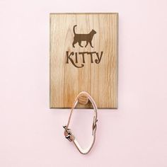 A true friend leaves paw prints on your Made from solid oak and engraved with a name of your choice this hook is the perfect way to hang up their leads or collars.Choose from a variety of different cat shapes. Cheap Gifts, Unique Gifts, Cat Lover Gifts, Cat Lovers, Personalized Couple Gifts, Cat Tent, Dog Raincoat, Dog Silhouette, True Friends