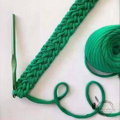 Diy Crafts - knitting,and-Pulsera collar tirantes cintas. Ganchillo / crochet knittingandcrochet knitting and crochet videos Bracelet Crochet, Crochet Cord, Bracelet Crafts, Diy Crochet, Crochet Stitches, Crochet Bag Tutorials, Crochet Videos, Crochet Projects, Cordon Crochet
