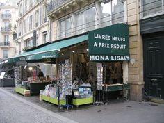 Mona Lisait bookshop in the Marais, Paris