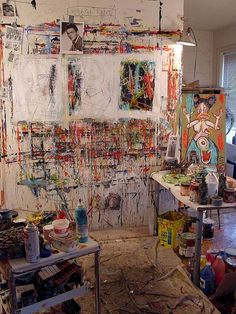 Self-taught painter Matt Sesow's Washington DC studio where he works and sleeps for half the week. The rest of the week he spends with his wife, Dana Ellyn in her studio 2 miles away. (You can read an interview with Matt in my magazine) Art Studio Design, My Art Studio, Studio Ideas, Atelier Photo, Painters Studio, Art Brut, Dream Art, Art Studios, Artist At Work