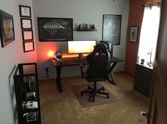 """Woah! Check out this room pc setup by jsmaage! It looks so magnificent. The cable management is superb, it looks so neat and that red-orange desk led is attractive. ➖➖➖➖➖➖ INWIN 805 Black ATX MID TOWER Asus ROG SWIFT PG348Q 34"""" Corsair K65 RGB RAPIDFIRE Logitech G502 SteelSeries Siberia 800 ➖➖➖➖➖➖ #monochromepc #pc #pcmasterrace #tech #pcgaming #pcbuild #monochrome #blackandwhite #instatech #gaming #gamer #battlestation #pcgamer #minimalist #pcmod #mod #blackandwhitepc #custompc #pcsetup…"""
