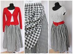 Checkered Skirt Vintage Skirt 1970 70s  Elegant  Fashion Size S M Skirt With Lining Midi Unique Vintage Clothing Hipster Skirt Checkered