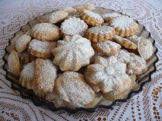 Medvedie labky Christmas Goodies, Cookie Recipes, Ale, Muffin, Cookies, Baking, Breakfast, Desserts, Food
