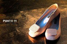 Punto 11 shoes, romantic atmosphere...