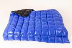 King size glanznylon puffy down quilt heavy weighted blanket Navy Pink, Pink And Green, Nylons, Down Blanket, Down Quilt, Dense Fog, Ford Maverick, Relax, Rainy Weather