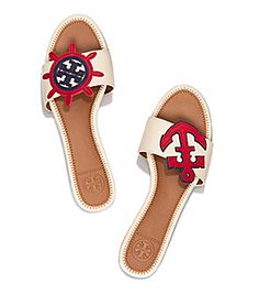 Visit Tory Burch to shop for Maritime Mismatched Slide . Find designer shoes, handbags, clothing & more of this season's latest styles from designer Tory Burch. Nautical Shoes, Nautical Fashion, Nautical Favors, Cute Flats, Cute Sandals, Tory Burch, Boating Outfit, Designer Sandals, Palm Beach Sandals