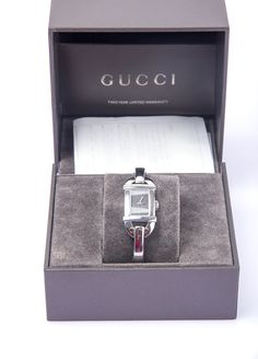 Auth Gucci Quartz Metal Silver Women Watch 6800L