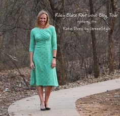 Riley Blake Knit Love Blog Tour – GreenStyleCreations Katie Dress made with Spearmint Vivid Fireworks knit fabric designed by Patty Young