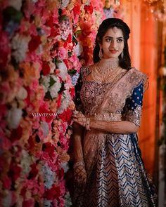 Our beautiful bride Anusha, a sight to gaze upon as she gazes unto her fairytale future Half Saree Designs, Bridal Blouse Designs, Kerala Bride, South Indian Bride, Bridal Silk Saree, Saree Models, Indian Bridal Hairstyles, Dress Indian Style, Bride Look