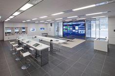Retail Bank Environment [Citibank Retail Banking Branch - Nihonbashi]