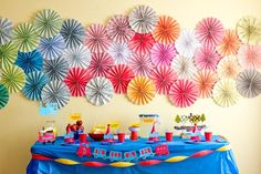 those paper wheels would be SO easy to make!  (and with any kind of scrapbook paper ... possibilities are endless!)