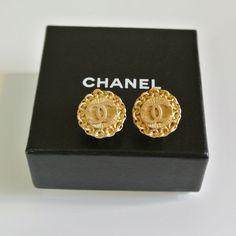 ©miri_mari - Vintage CHANEL CC Clipped Earrings ~ SOLD OUT  #vintageCHANELearrings #vintageCHANELbrooch #vintageCHANEL #vintageCHANELnecklace