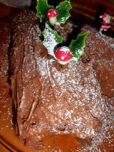 Χριστουγεννιάτικος κορμός σε πολλές παραλλαγές | Tante Kiki Cheesecake Brownies, Christmas Cooking, Sweet Tooth, Food And Drink, Pudding, Sweets, Chocolate, Baking, Desserts