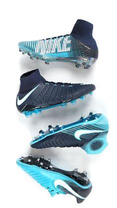 info for ab553 fd381 Botas de fútbol con tacos Nike Play ICE. Foto  Marcela Sansalvador para  Futbolmania.com