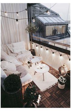 Gemütlich werden für den Herbst - Alexa Dagmar: Alexa Dagma - Wintergarten Ideen Przytul się na jesień - Alexa Dagmar: Alexa Dagma / ostrożny # dla Small Balcony Design, Small Balcony Decor, Outdoor Balcony, Tiny Balcony, Small Balconies, Balcony Plants, Small Balcony Furniture, Condo Balcony, Small Terrace