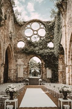 Abbaye Vaux de Cernay in Cernay-la-ville, France. Photography by Laurene and the Wolf. Wedding Goals, Dream Wedding, Wedding Day, Wedding Planning, Wedding Dreams, Wedding In Greece, Wedding Tips, Perfect Wedding, Wedding Castle