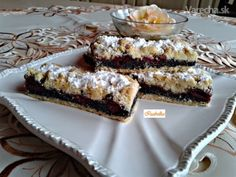 Krehké makovo-višňové koláče (fotorecept) Sweet Desserts, Sweet Recipes, Cake Recipes, Biscotti, Nutella, Baked Goods, French Toast, Goodies, Sweets