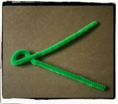 """easy crafts for kids: chameleon pipe cleaner animals – """"a color of his own"""" activity - crafts ideas - crafts for kids"""