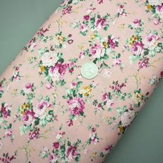 Pink floral print cotton fabric (321945511755)