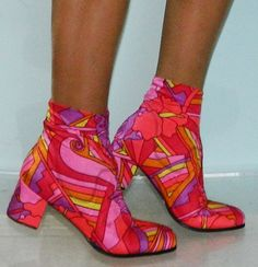 vintage 60s neon pink crop ankle go go boots