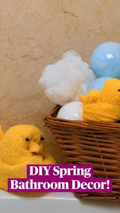 Diy Crafts For Home Decor, Diy Crafts Hacks, Diy Arts And Crafts, Fun Crafts, Crafts For Kids, Towel Animals, Towel Crafts, Spring Crafts, Easter Crafts