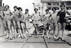 Blackbirds of 1926_chorus rehearses, roof of London Pavilion