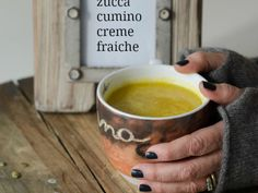 Zuppa detox di zucca al cumino e creme fraiche