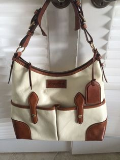 0f6fd7fce4cb Dooney   Bourke Purse Handbag Hobo Satchel Cream Brown Leather Authentic   DooneyBourke  Hobo