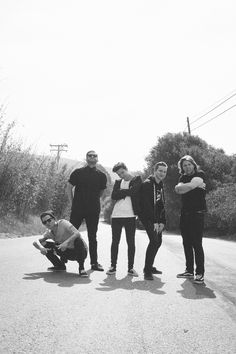 The Neighbourhood-there so young here!:3