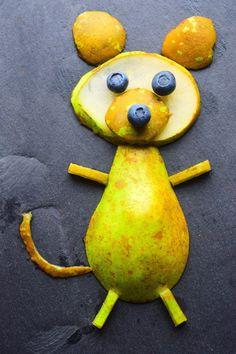 A fun food art idea for kids from MyNutriCounter http://amzn.to/2jlTh5k