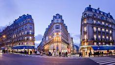 Coiffeur Saint Maur Rue De Condé Petit Salon One Day In Paris, I Love Paris, Christmas In Paris, Christmas Markets, Paris Saint Germain, Christmas Window Display, Grand Paris, Latin Quarter, France