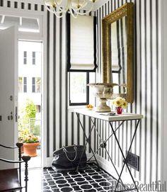 hbx-black-and-white-stripe-graphic-entry-0512-thomas08-xln.jpg (500×575)