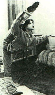 Gelsey Kirkland-My idol! Vintage Ballet, Shall We Dance, Lets Dance, Dance Photos, Dance Pictures, Ballet Pictures, Muay Thai, Karate, Hip Hop