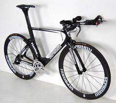 Stradalli Phantom TT-717 carbon bike time-trial triathlon.