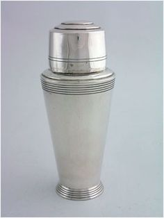 Cocktail shaker - art deco style, vintage Repinned by www.silver-and-grey.com