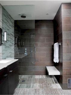 Banco de madera para zona de ducha. Mejor en madera natural con tratamiento.