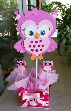 Adorable pink owl baby shower centerpieces by bettysgiftsandrafts: Owl Themed Parties, Owl Parties, Owl Birthday Parties, Owl Crafts, Diy And Crafts, Crafts For Kids, Paper Crafts, Owl Centerpieces, Baby Shower Centerpieces