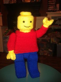 Crochet lego man Crochet Lego, Crochet Dolls, Crochet Baby, Knit Crochet, Crotchet, Amigurumi Patterns, Amigurumi Doll, Crochet Patterns, Pippa Pig