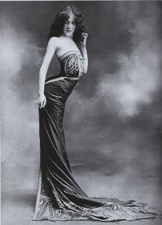 "The Snake Corset - Edith La Sylphe ~ invented the ""Sylphide""corset, making the very unhealthy 'snake silhouette' popular. c.1900."