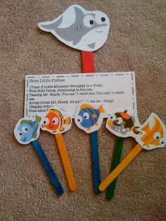 We did this! The kids loved it! I glued the little fishies onto a diposable glove instead of sticks for easier story telling.Preschool Printables: Free Five Little Fishes