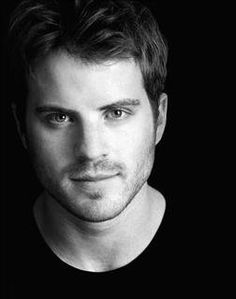 Robert Kazinsky- Ben/Warlow from True Blood