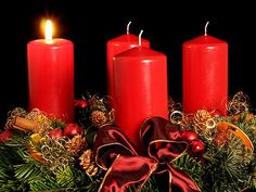 German Christmas Traditions - The Advent Wreath or Adventskranz. It is made out of fir branches and decorated with 4 candles which are lit before Christmas. Lights Before Christmas, Christmas Time, Christmas Crafts, Christmas Decorations, Holiday Decor, Christmas Branches, Advent Candles, Pillar Candles, German Christmas Traditions