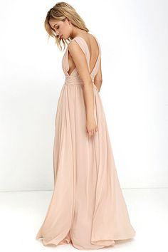 Lulus Exclusive! You'll be goddess-like for the entire evening in the Heavenly Hues Blush Maxi Dress! Georgette fabric drapes alongside a V-neck and back, and lays across a banded waist. Full maxi skirt has a sexy side slit. Hidden back zipper with clasp.